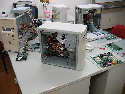 ジャンクパーツを使ってパソコンを3台組み立てました