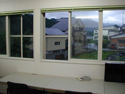 今年の梅雨は多少の雨でも窓を閉めません@南魚沼市のパソコン教室くりっく - OLYMPUS C-2020 ZOOM